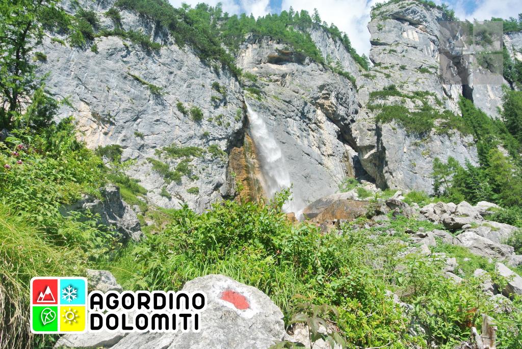 La cascata alta delle Comelle Val di Gares