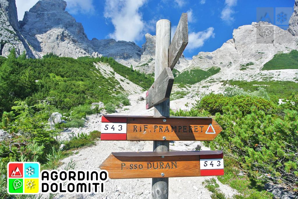 Sagra de la Madonna de la Neif La Valle Agordino Dolomiti UNESCO