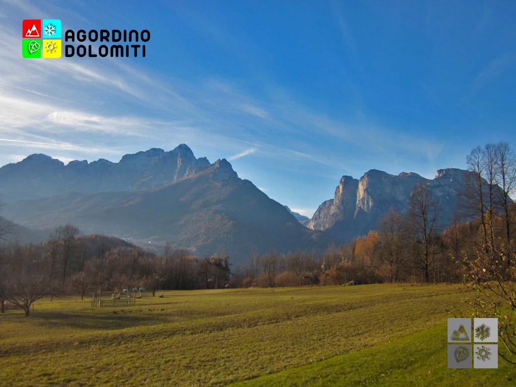 Agner e Pale di San Lucano dalla frazione di Ronche a La Valle Agordina