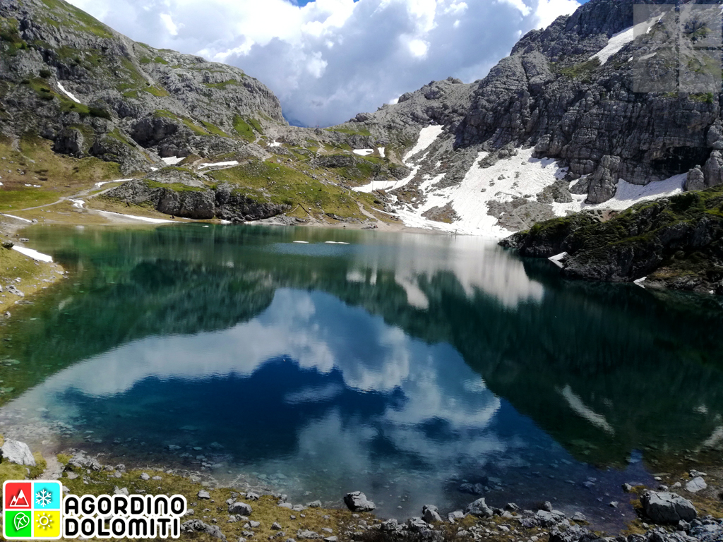 Lago Coldai Dolomiti