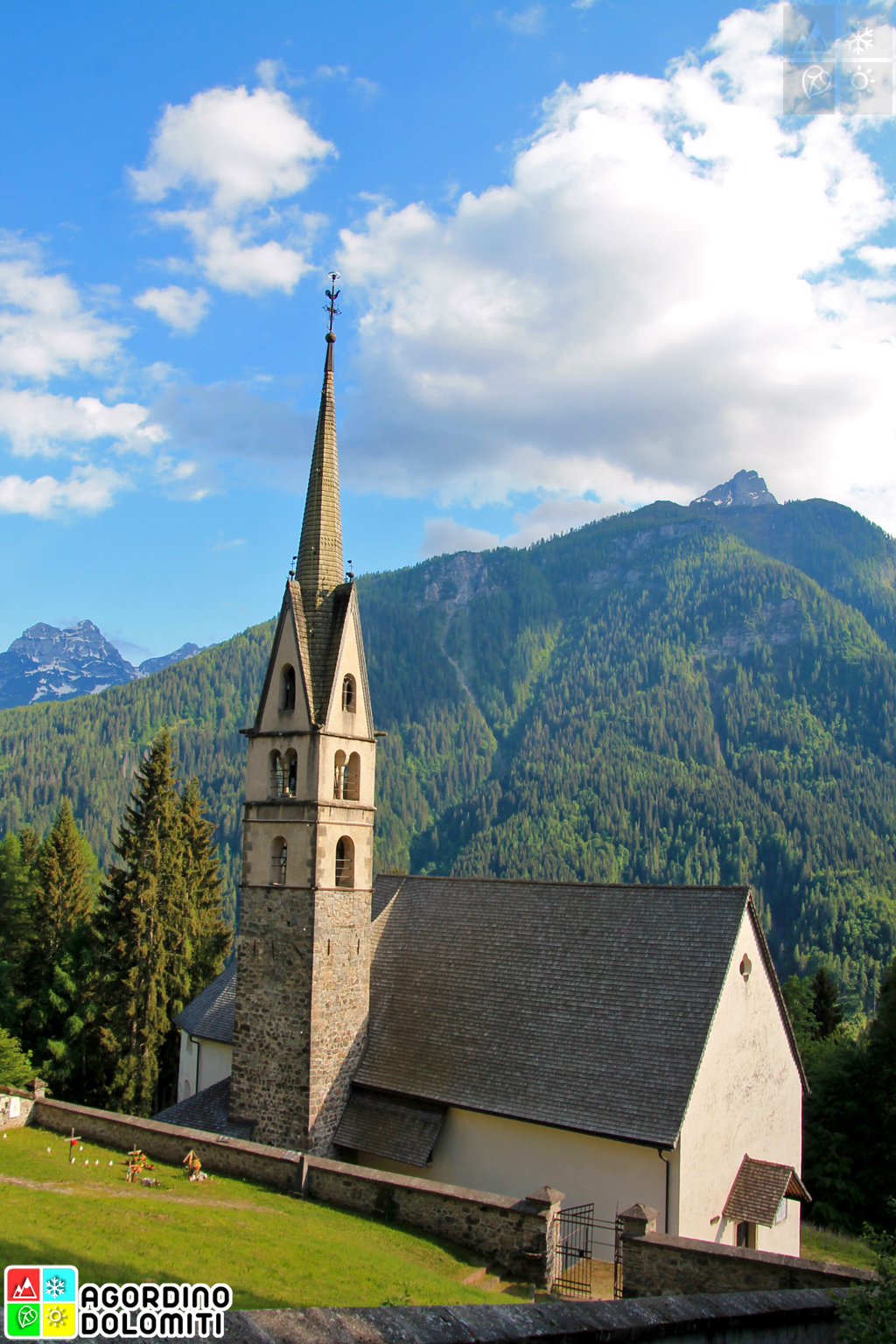Chiesa Monumentale di San Simon Vallada Agordina Dolomiti